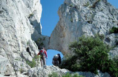 Hiking Provence + Hiking Luberon + Hiking Ventoux
