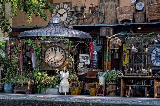 Antics Isle sur Sorgue + Provence flea market